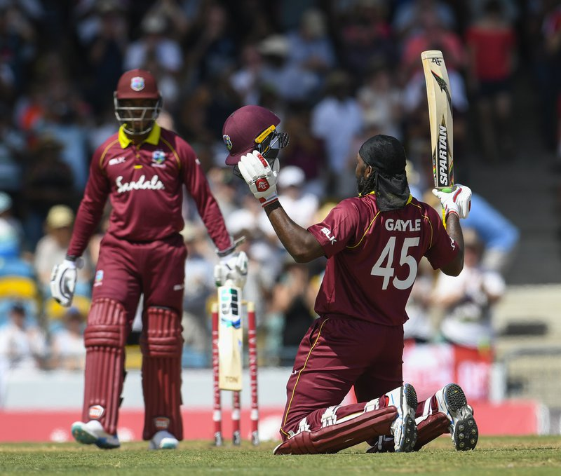 Gayle kneels for century.jpg
