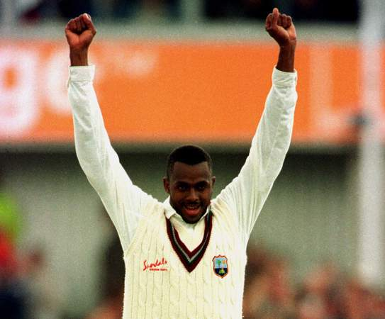 Courtney Walsh website.jpg