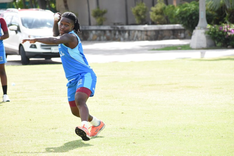 Deandra Dottin - training - run out.jpg