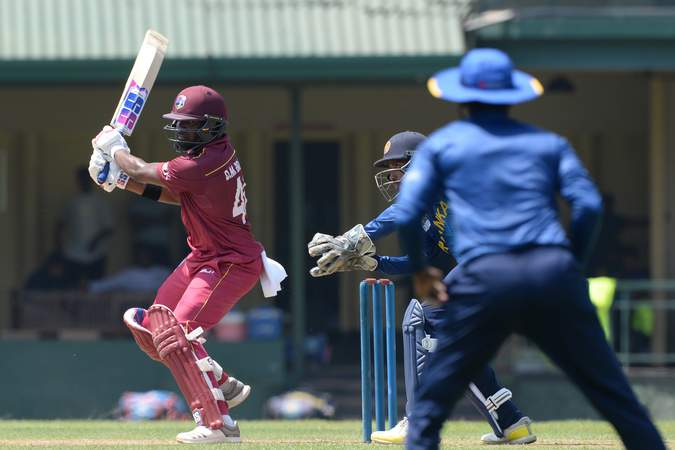 Darren Bravo - 100 vs Sri Lanka XI - Warm Up 1.jpg