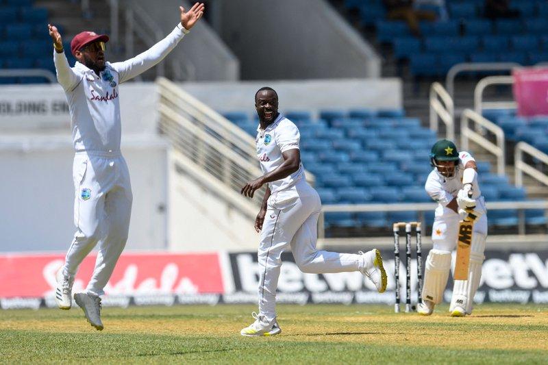 Kemar Roach - 1st Test v Pakistan