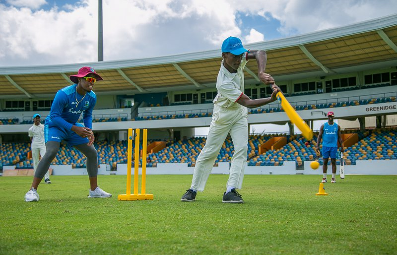 Hetmyer wicketkeeps for young cricketer.jpg