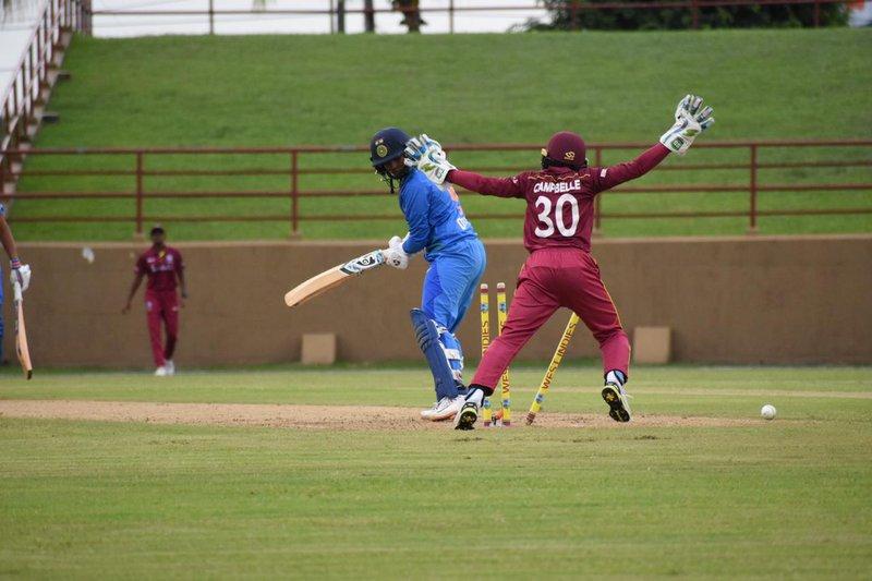INDW wicket falls.jpg