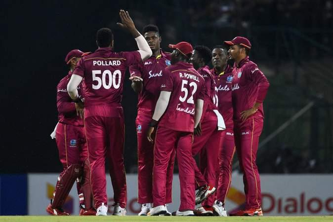 1st T20I v Sri Lanka - Men In Maroon.jpg
