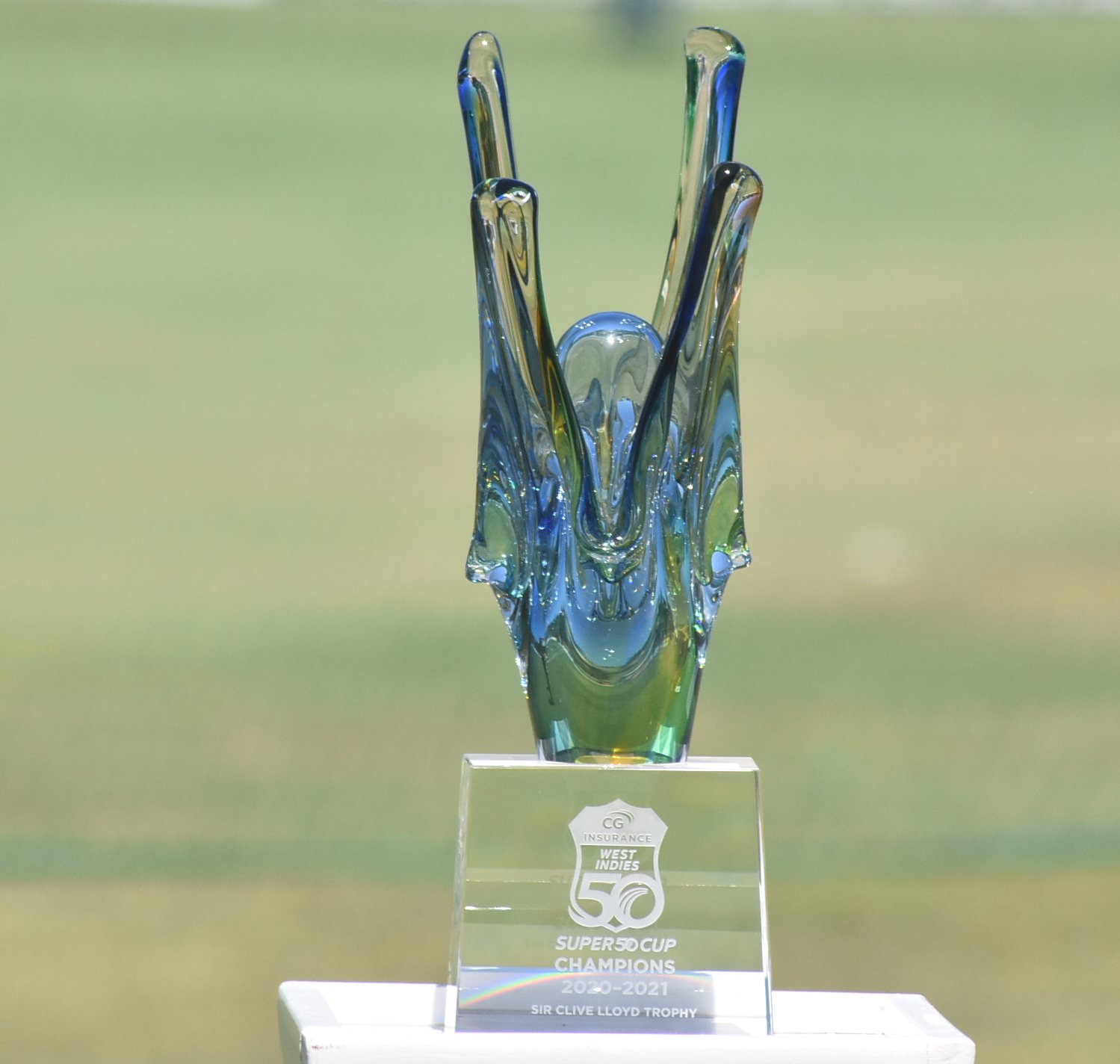 Sir+Clive+Lloyd+Trophy.jpg