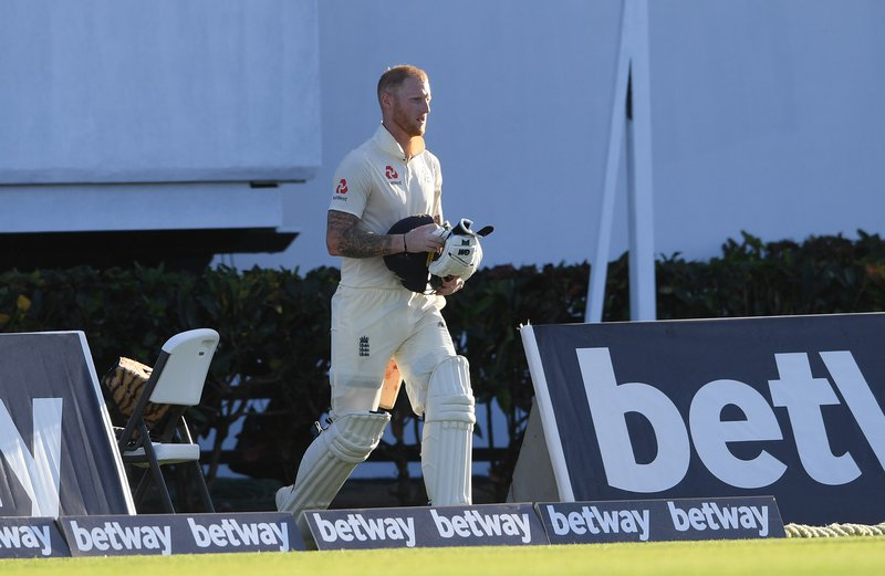Ben Stokes returns to crease.jpg